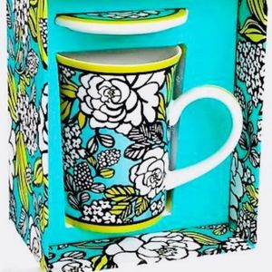 NEW VERA BRADLEY ~ ISLAND BLOOMS MUG with LID